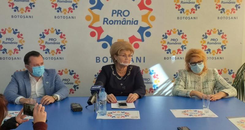 Mihaela Huncă a prezentat lista candidaților organizațiilor județene Pro România și Alde la alegerile parlamentare