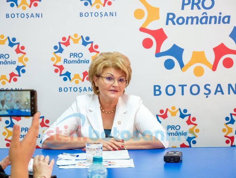 """Mihaela Huncă: """"Educația, la un pas de colaps-anul școlar 2020-2021 este până acum cronica unui dezastru orchestrat de Ludovic Orban și Monica Anisie!"""""""