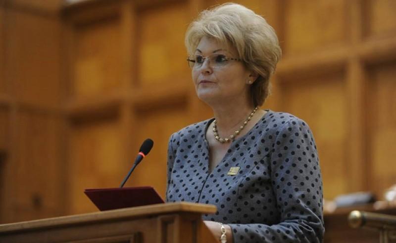 Mihaela Huncă în Parlament: Dezvoltarea învățământului profesional dual în România ar putea reprezenta un model de succes și pentru învățământul din Republica Moldova. VIDEO