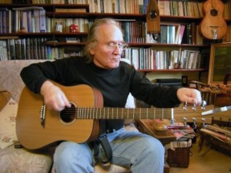 MIHAI BABII, un botoşănean la Chicago: Părintele şcolii de chitară clasică din Iaşi!