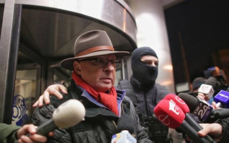 Mihai Lucan, întrebat de unde avea cei 5.000 de euro găsiţi asupra lui la audieri: Am 70 de ani, am operat peste 75.000 de bolnavi