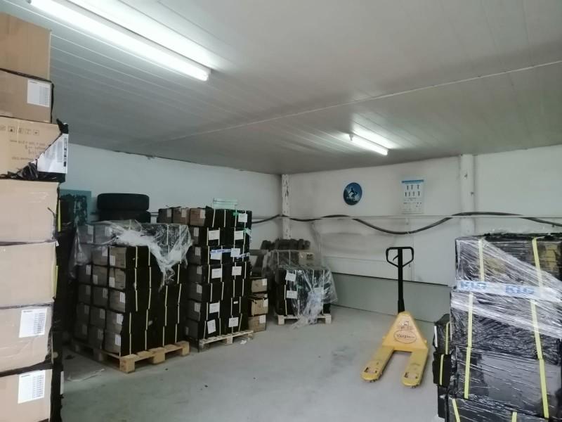 Mii de tablete distribuite elevilor din județul Botoșani de către IȘJ