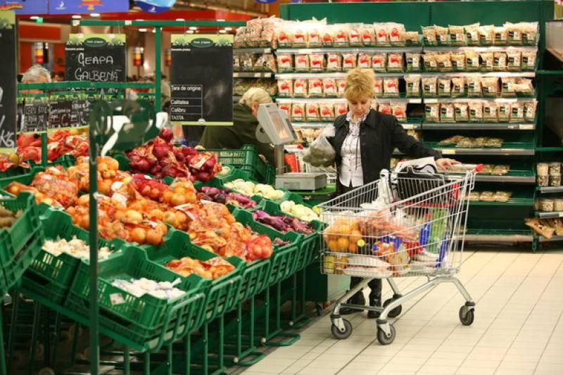Ministerul Agriculturii amână aplicarea legii risipei alimentare, în timp ce România aruncă 2,2 milioane de tone de alimente în fiecare an