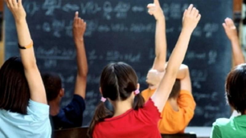 Ministerul Educatiei: Performanta elevilor romani s-a imbunatit semnificativ la testele PISA