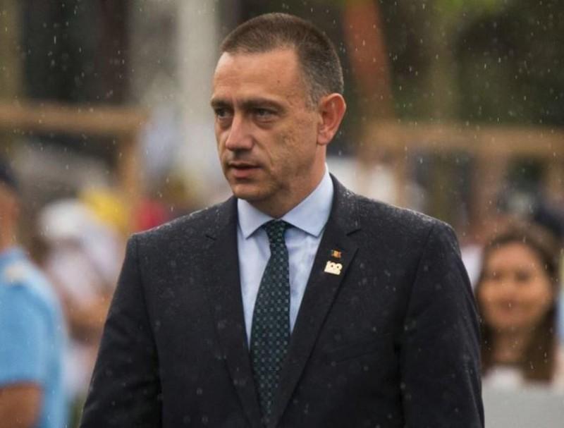 Ministrul Apărării Mihai Fifor a demisionat, chiar înaintea ședinței PSD: Merg la partid pentru a întări echipa