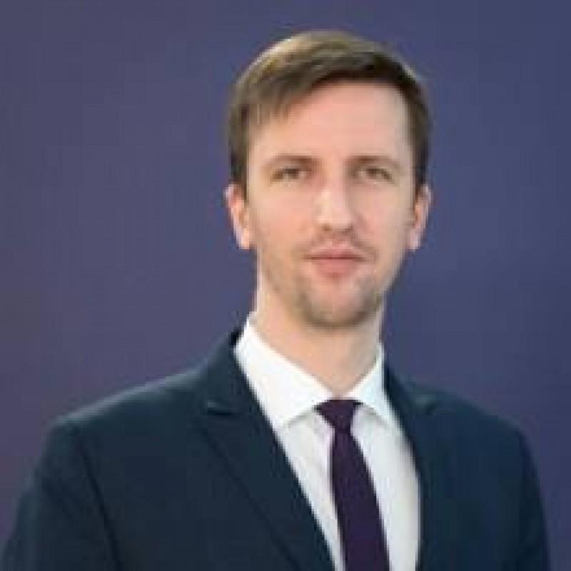 Ministrul Comunicatiilor, decis sa reglementeze Internetul