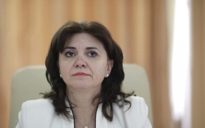 """Ministrul Educaţiei, Monica Anisie: salarizarea profesorilor se va face! Ordonanța prind extinderea programului """"Masă caldă"""" apare mâine"""