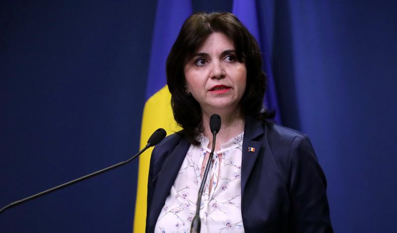 Ministrul Educației, Monica Anisie: Școlile sunt închise până după Paște