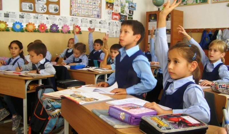 Ministrul Educaţiei s-a hotărât: școala începe pe 9 septembrie!