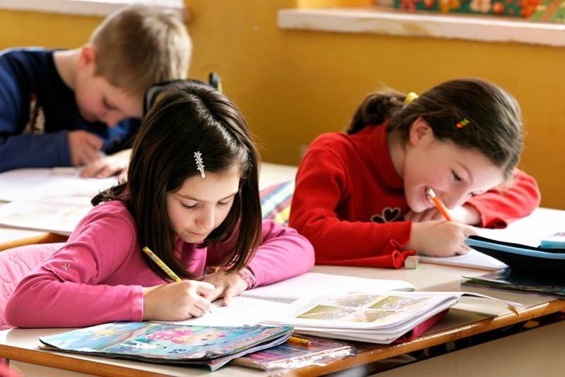 Ministrul Educatiei s-a sucit: Raman evaluarile din ciclul primar, dar copiii sa nu creada ca sunt examinati