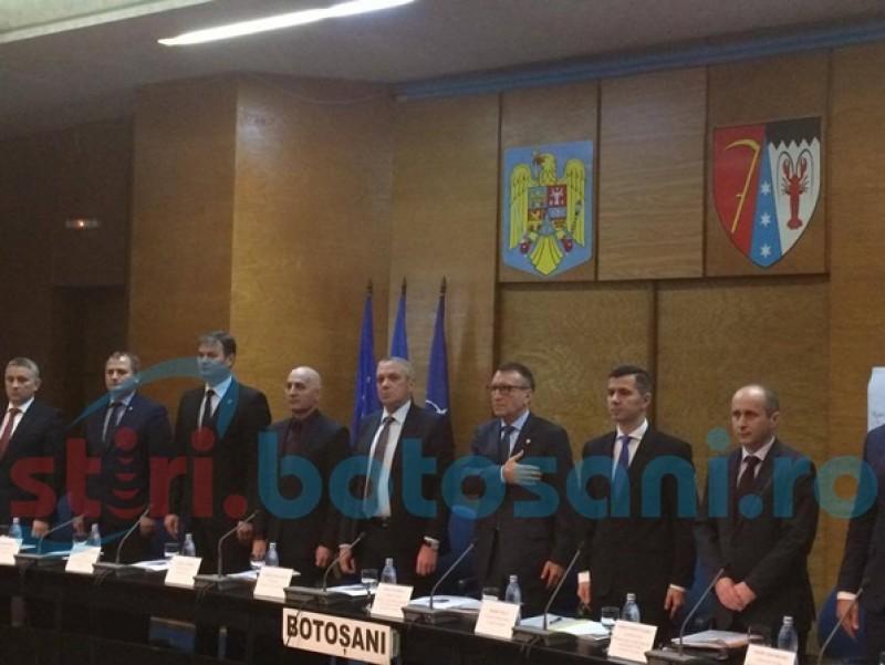 Ministrul Fondurilor Europene, la Botoşani: Este pentru prima dată în mandatele mele când aud imnul UE într-o instituţie publică