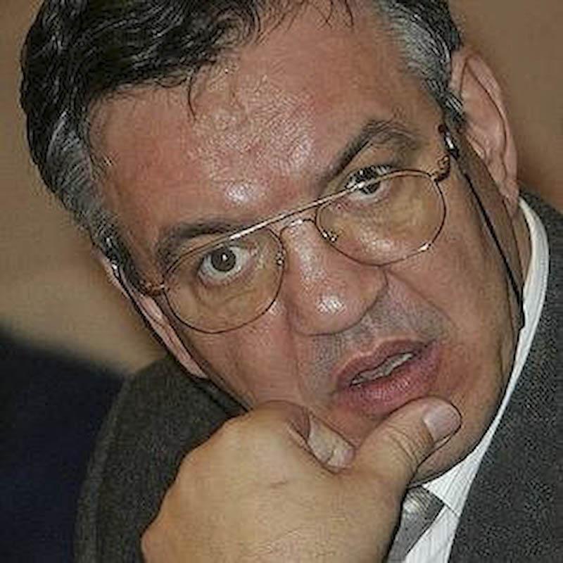 Ministrul Muncii, Paul Pacuraru, a fost suspendat din functie