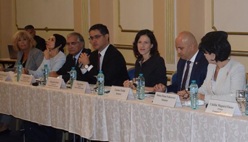Ministrul Roxana Mînzatu anunță bani pentru Botoșani și toată Țara de Sus!