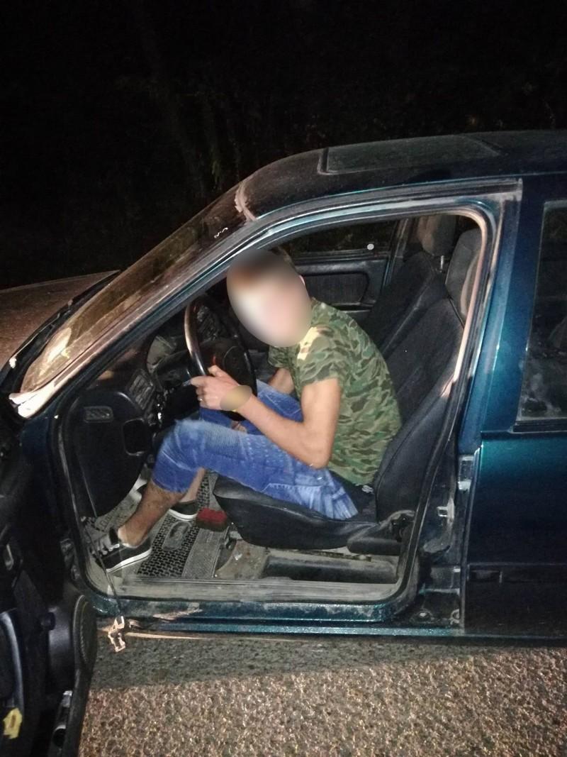 Majorat sărbătorit cu un dosar penal! Adolescent beat și fără permis prins pe un drum din județ! FOTO