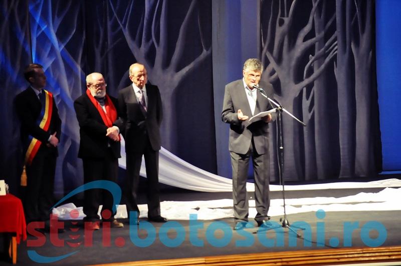 """Mircea Cărtărescu, nominalizat din nou la Premiul Naţional de Poezie """"Mihai Eminescu""""!"""