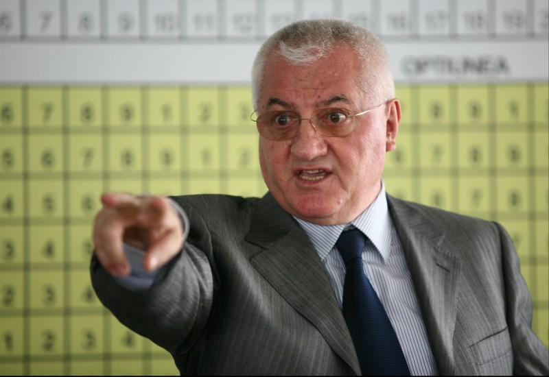 Mircea Sandu și Dumitru Dragomir, 3 ani cu suspendare în dezafilierea Craiovei! AMENZI PENALE pentru LPF și FRF!