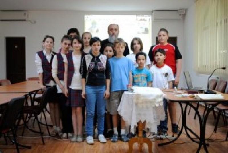 """Misiune prin cateheză în parohia """"Sfântul Ilie"""" din Botoşani"""