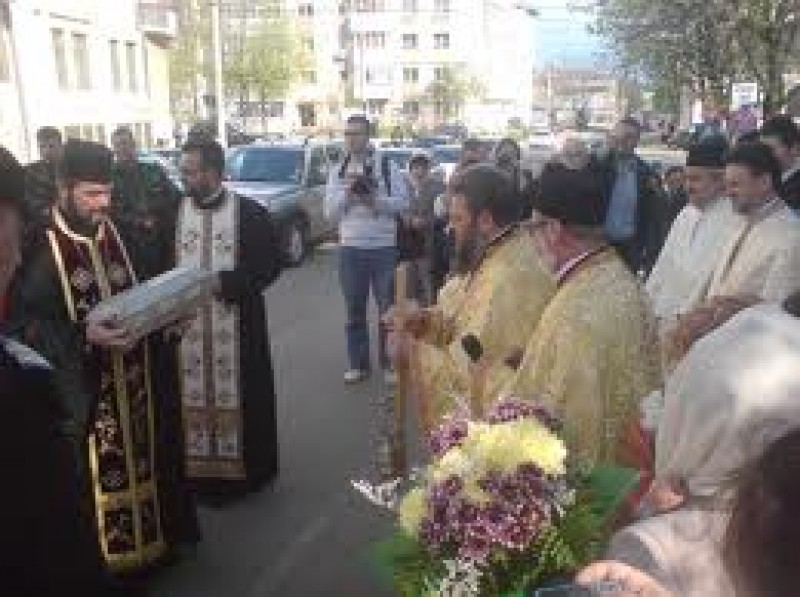 Moaștele Sf. Pantelimon, aduse la Biserica Sf. Gheorghe