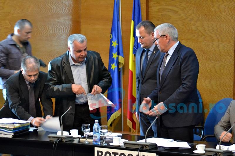 Modificări în componenţa Consiliului Judeţean, după dispariţia prematură a lui Ionel Nenişcă FOTO
