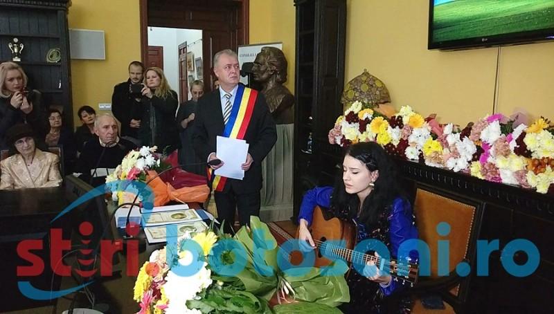 Momente emoționante! Primarul Cătălin Flutur a izbucnit în plâns, la o melodie a Ștefaniei Iacob! FOTO, VIDEO