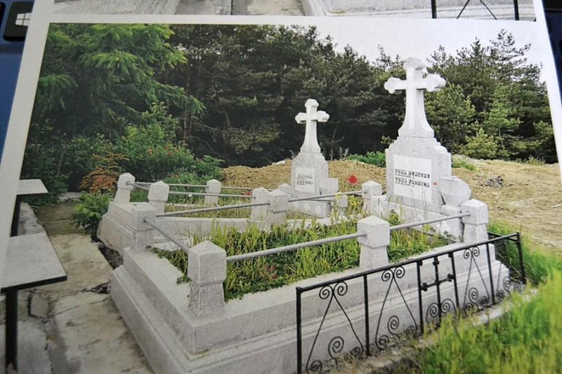 Monumente funerare în pericol de distrugere! FOTO