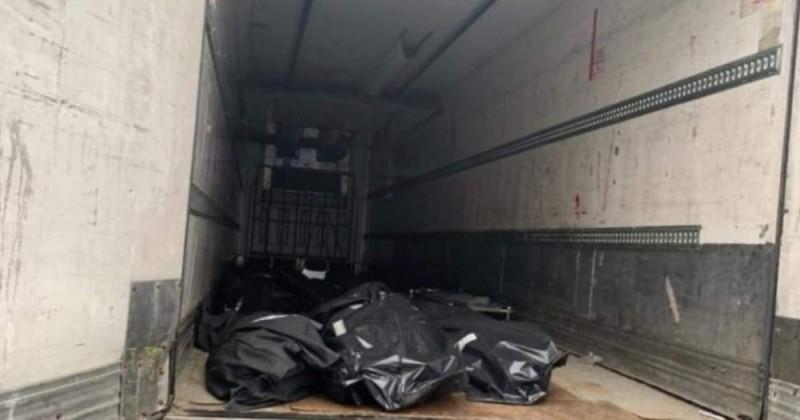 Morţii de COVID-19, depozitaţi într-o remorcă frigorifică (FOTO)