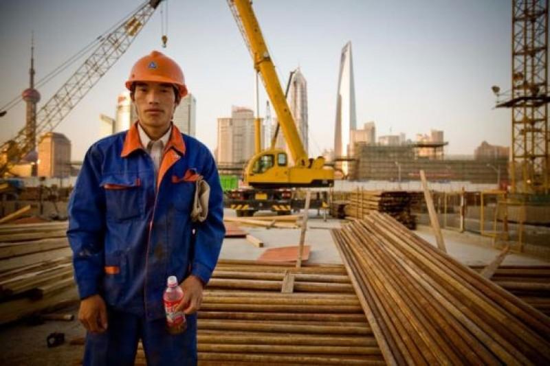 Muncitorii chinezi cer în România salarii de 1.000 de dolari!
