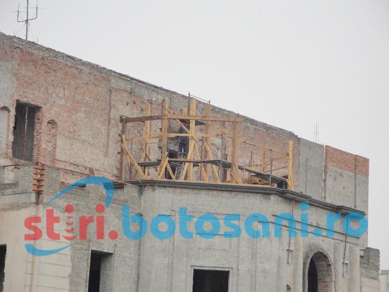 Municipalitatea va aloca bani pentru protejarea Teatrului M. Eminescu