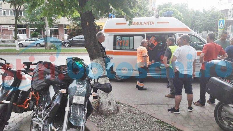 Musafir în România, cu mâna ruptă la spital după ce s-a izbit într-un taximetru FOTO