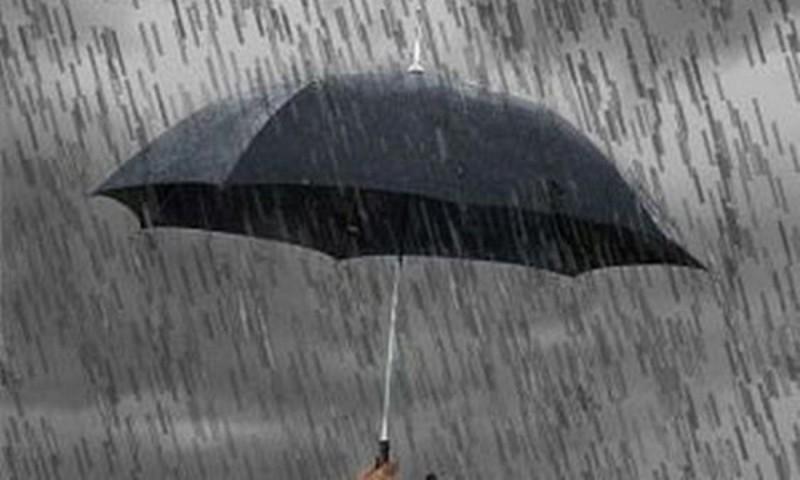 Ne aşteaptă o săptămână cu vreme instabilă, cu ploi şi vijelii!