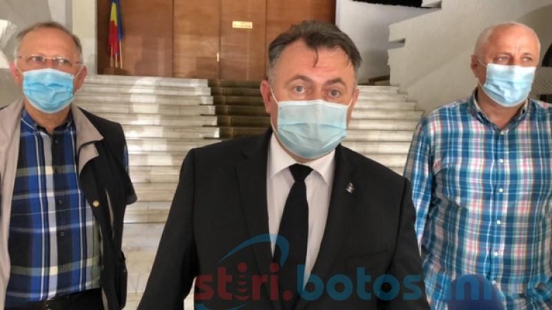 """Nelu Tătaru, după vizita la """"Mavromati"""": """"În acest moment, nu discutăm de amânarea nici a şcolii, nici a alegerilor"""""""