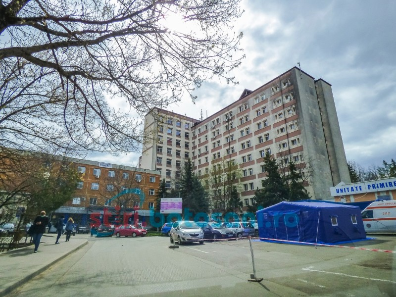 Niciun pacient COVID cu semne ușoare nu este internat în Botoșani. Bolile care predispun forme severe ale infecției