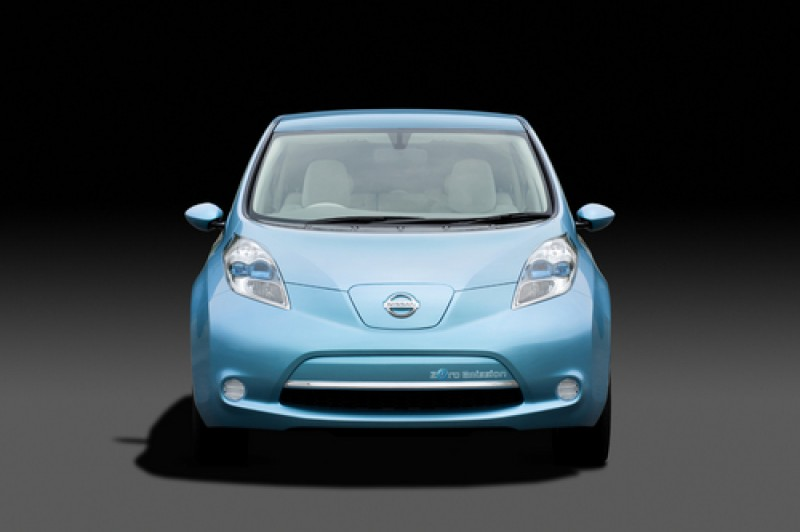 Nissan LEAF EV - prima maşină electrică de serie Nissan