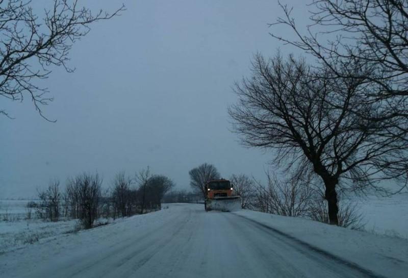 Noapte capricioasă în Moldova. Cum se circulă pe drumurile naționale!