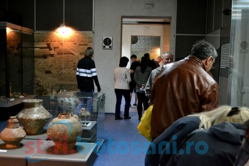 Noaptea Muzeelor la Botoşani- o privire prin uşa crăpată a Trecutului de către Viitor FOTO