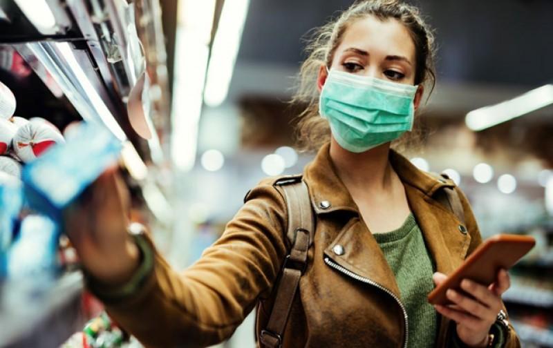 Nouă din zece români se declară afectați de pandemie dar 70% cred că vom scăpa de coronavirus până la finalul acestui an
