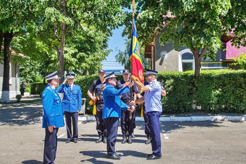 Noul șef al jandarmilor botoșăneni a fost învestit în funcție - FOTO