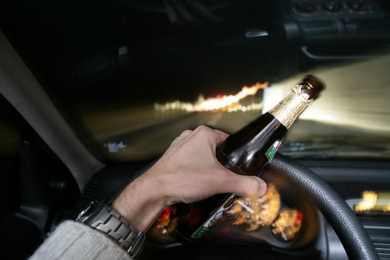 Nu are leac: A rămas fără permis, dar a urcat la volan, după ce a băut bine mai întâi!