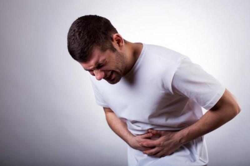 Nu ignora durerea în zona ficatului! Poate fi semnul acestei boli frecvente