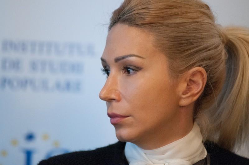 Numele botoșănencei Raluca Turcan, în cărți pentru șefia interimară a PNL!