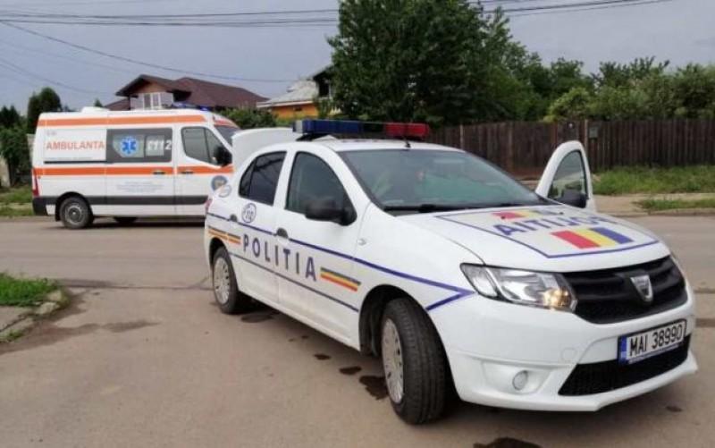 O adolescentă din Botoșani a sărit dintr-o maşină aflată în mers după o ceartă cu iubitul