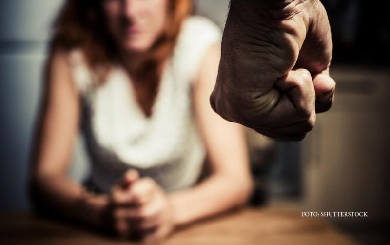 O adolescentă din Dorohoi a sunat la 112, pentru a reclama că a fost agresată de tatăl său. Bărbatul susține că el a fost lovit de fată!