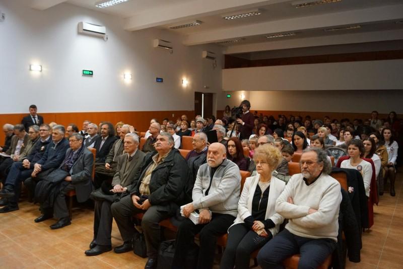 O altfel de şezătoare, organizată la Vorona, cu poeţii prezenți la Zilele Eminescu! FOTO