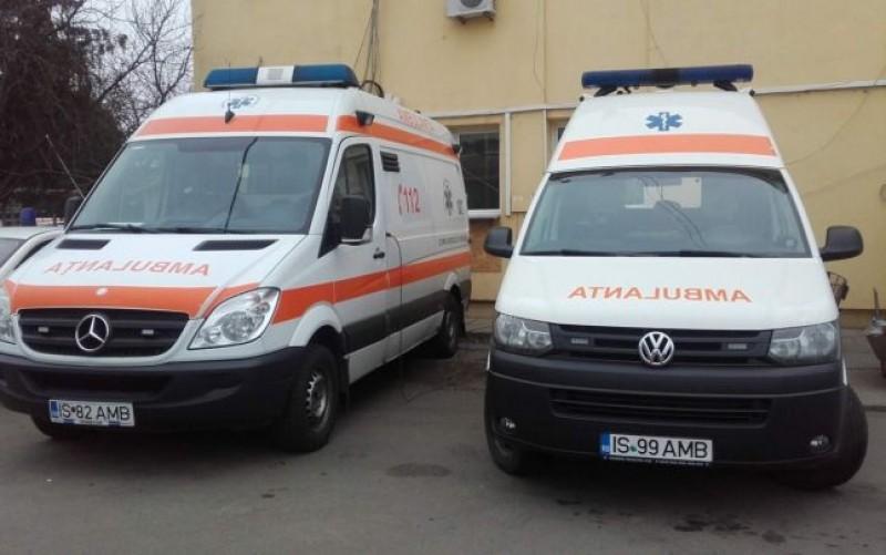 O ambulanţă din Iaşi a ajuns la intervenţie după 4 ore de la apel
