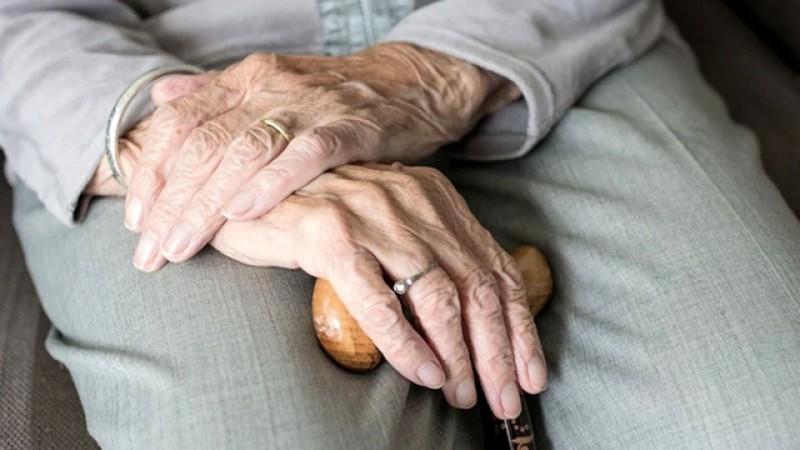 O bătrână de 98 ani din Botoșani a trecut prin Covid -19 și s-a vindecat