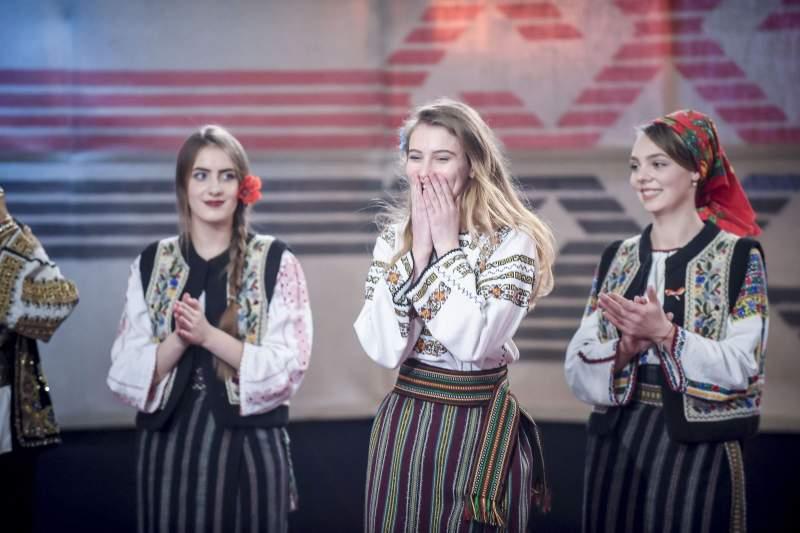 """O botoșăneancă a câștigat competiția """"Ie, Românie"""" – Moldova"""