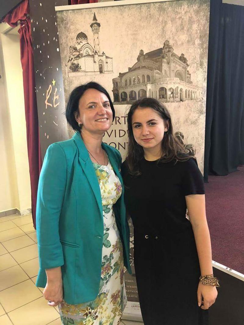 O botoșăneancă va reprezenta România la un concurs internațional de limbă latină!