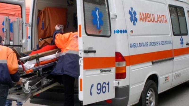 O femeie a ajuns la spital cu arsuri grave după ce s-a opărit cu o oală cu ciorbă în clocot