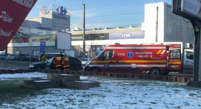 O femeie a fost încarcerată după un accident care a avut loc la intersecţia străzii Sucevei cu Bulevardul Mihai Eminescu