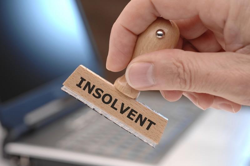 O firmă implicată în anchete de evaziune fiscală a cerut insolvenţa